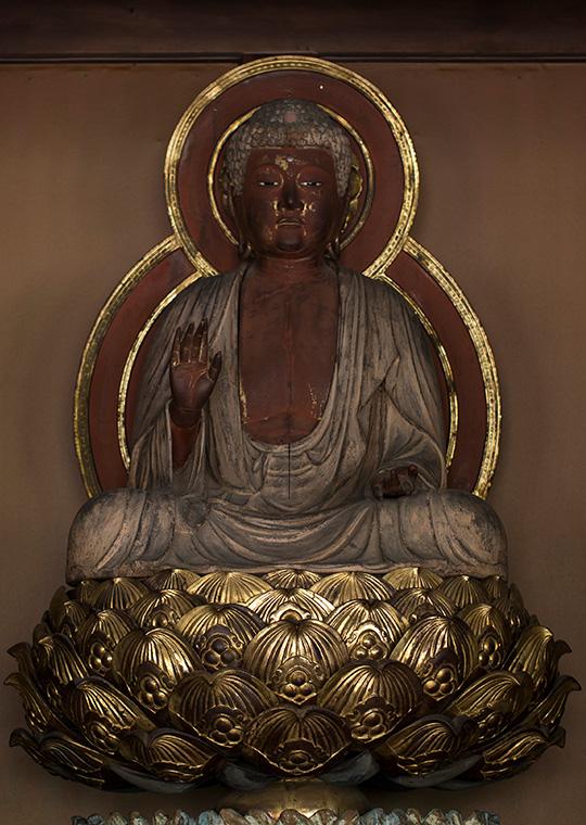木造 釈迦如来坐像